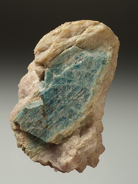 Mineralienatlas Lexikon - Grandidierite (english Version)